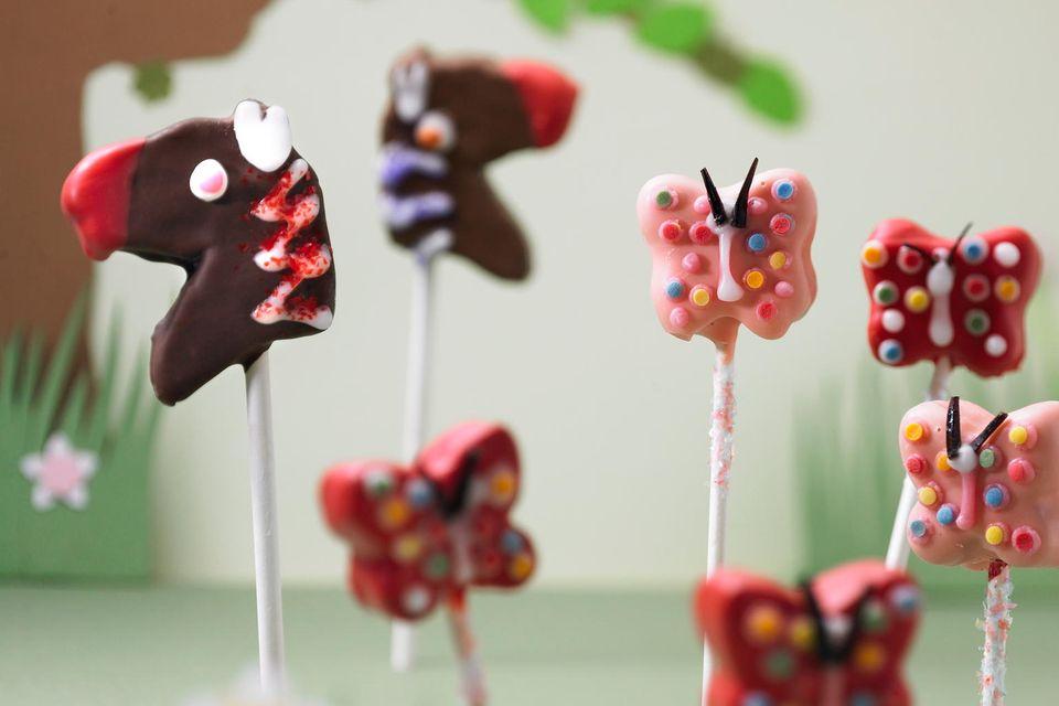 Cake-Pops Schmetterlinge und Steckenpferde