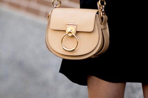 Fashion-Allrounder! 6 superschöne Styling-Ideen für das kleine Schwarze ♥︎
