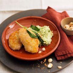 Schnitzel in Parmesankruste mit Brokkoli-Stampf