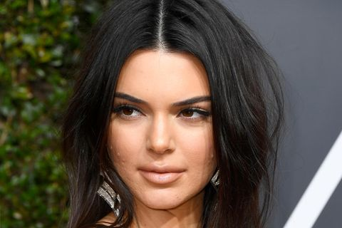 Pickel: Kendall Jenner auf dem Red Carpet