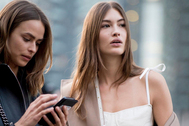 Italienerinnen bei der Fashion Week Milano
