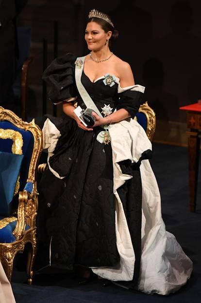 Looks der Royals: Victoria von Schweden sitzt
