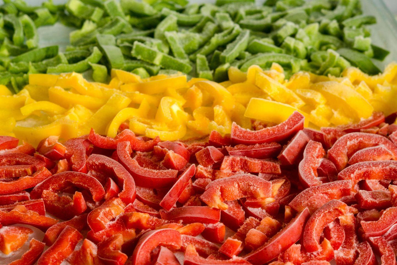 Paprika einfrieren: Rote, grüne und gelbe Paprika