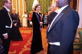 Herzogin Kate: im schwarzen Kleid