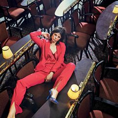 Party-Looks 2019: Die besten Styling-Ideen: Pinker Anzug
