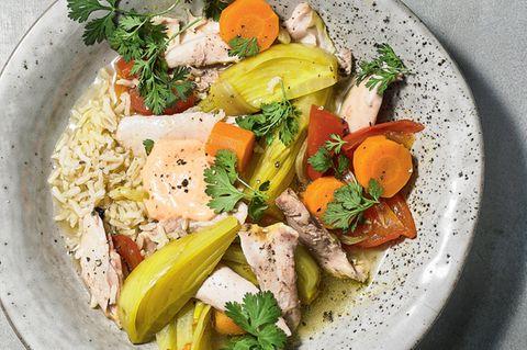 Huhn-Tajine mit Fenchel und Harissacreme