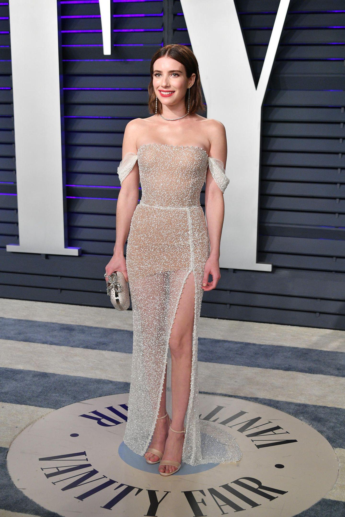 Nacktkleider der Stars: Emma Roberts posiert