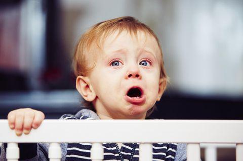 Damit ihr Kleiner nicht weint: Mutter erfindet total irren Lifehack
