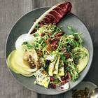 Winter-Blattsalat mit Birne und Käse