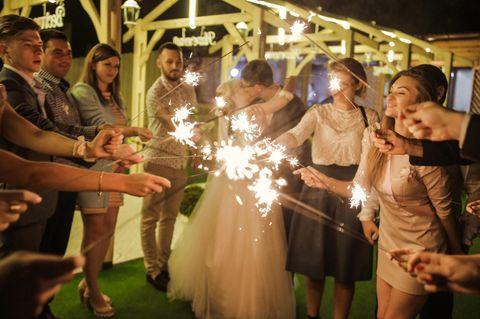 Warum mein Partner nicht mit auf Hochzeiten & Co. kommen muss