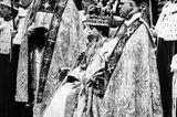 Queen Elizabeth II.:  wird gekrönt