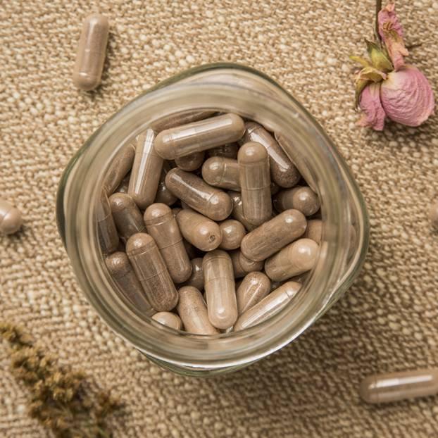Plazenta-Pillen im Glas
