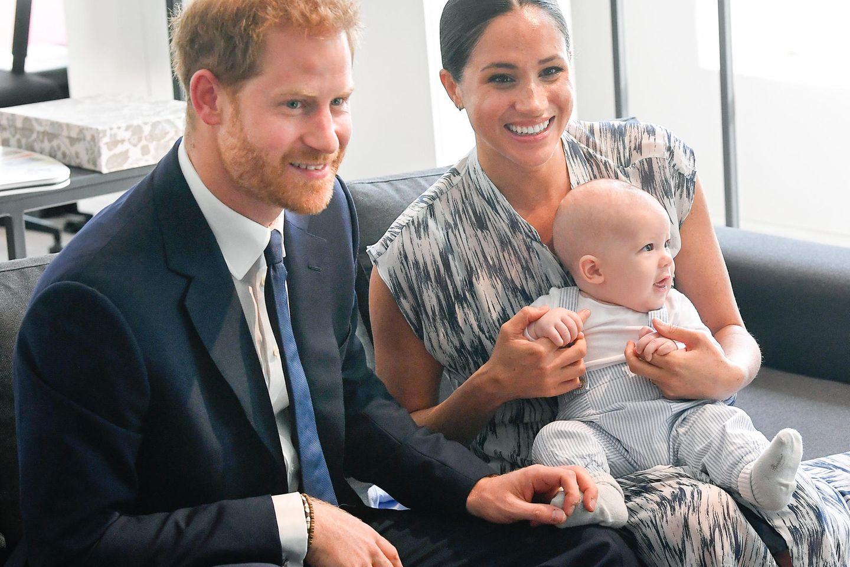 Herzogin Meghan + Prinz Harry: Dieses Geschenk machten sie Baby Archie zu Weihnachten