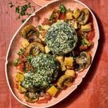 BRIGITTE Balance-Rezepte: Spinat-Flan mit Tomaten-Ragout