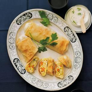 Suppengrün-Strudel mit Petersiliensoße