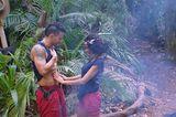 Dschungelcamp: Kader Loth berührt Marc Terenzi