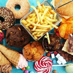 Süßigkeiten und Fast Food