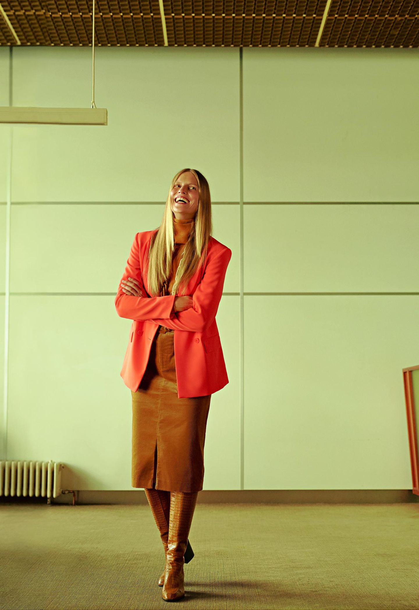 Business-Outfits 2020: Jobmode im Retro-Chic: Blazer zu Bleistiftrock