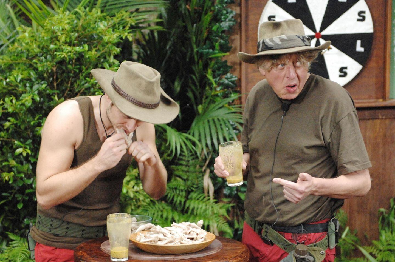 Dschungelcamp: Walter Freiwald und Jörn Schlönvoigt in der Dschungelprüfung