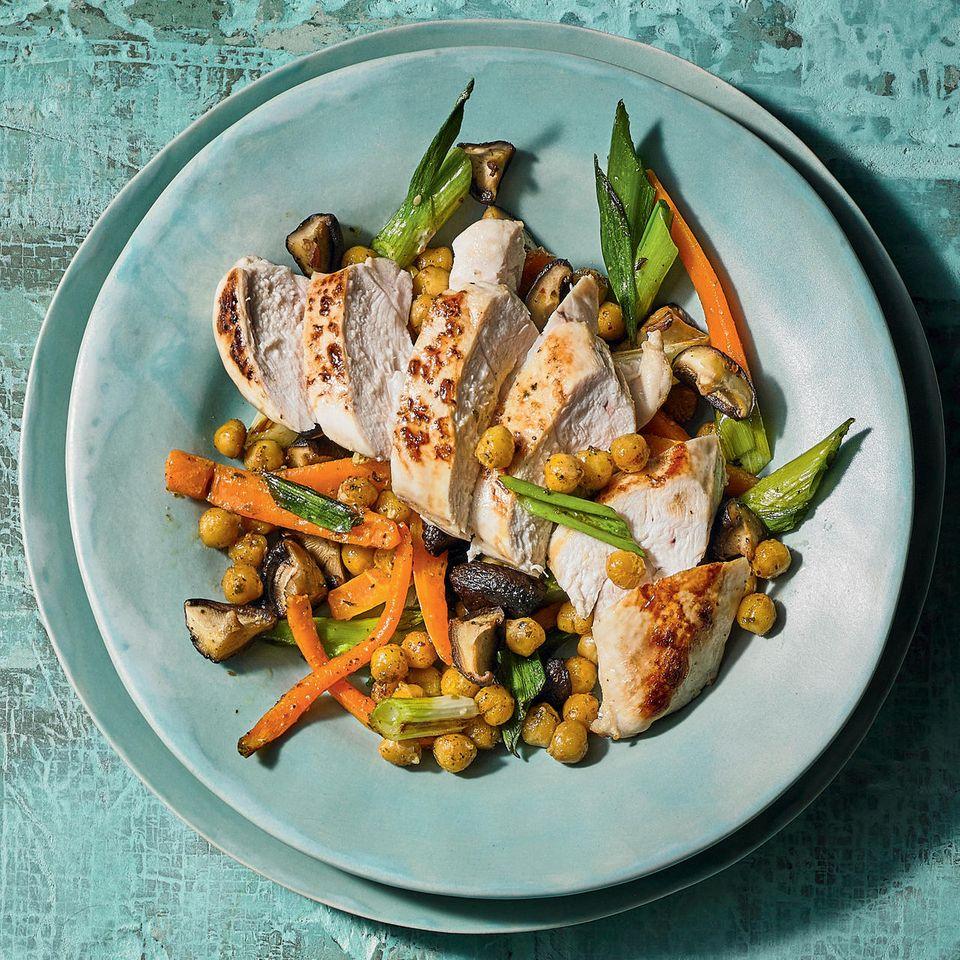 Fitness-Rezepte: Huhn-Tagliata, Shiitake und Rahm-Salat