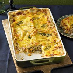 Steckrüben-Lauch-Lasagne mit Kasseler