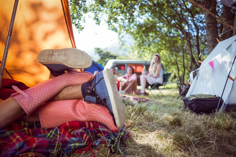 Festival-Sex: Pärchen liegt im Zelt