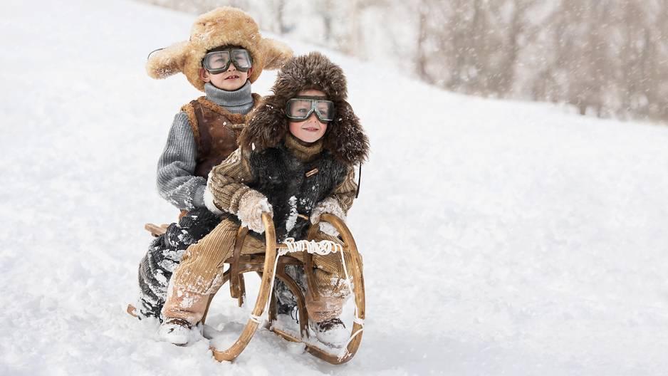 3 Eltern-Tricks, mit denen ihr Kinder lässig durch den Winter bringt