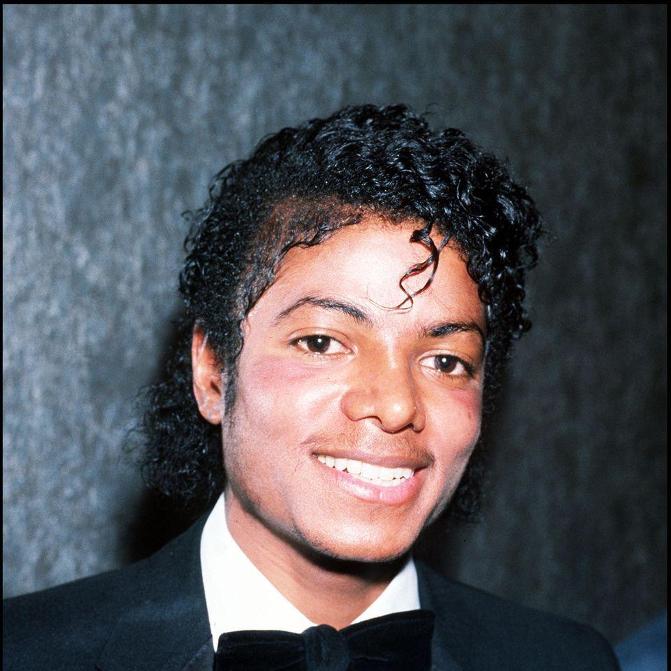 Michael Jackson im Sakko ca 1983
