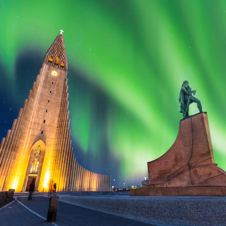 Kurztrip im Winter: Polarlichter in Reykjavik