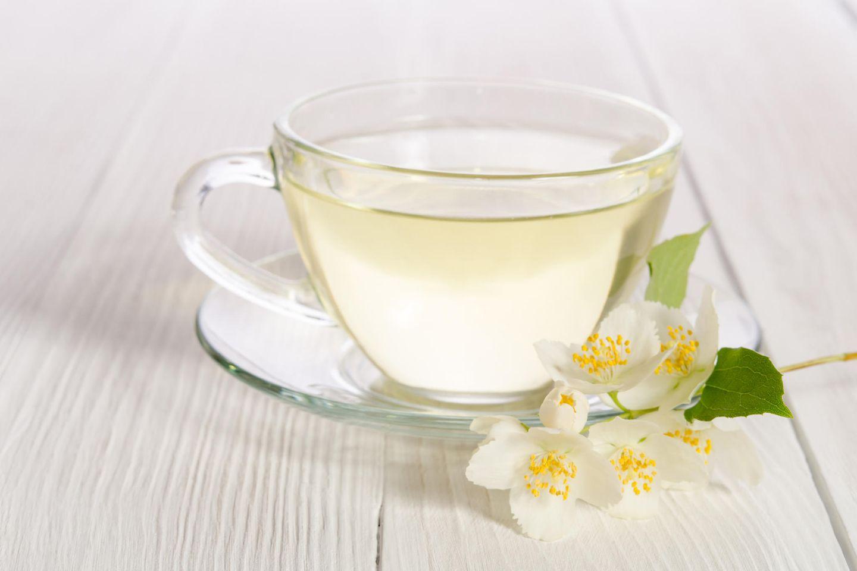 Weißer Tee hilft beim Abnehmen der Konjugation
