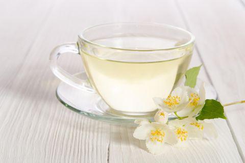 Weißer Tee: Tee in Tasse