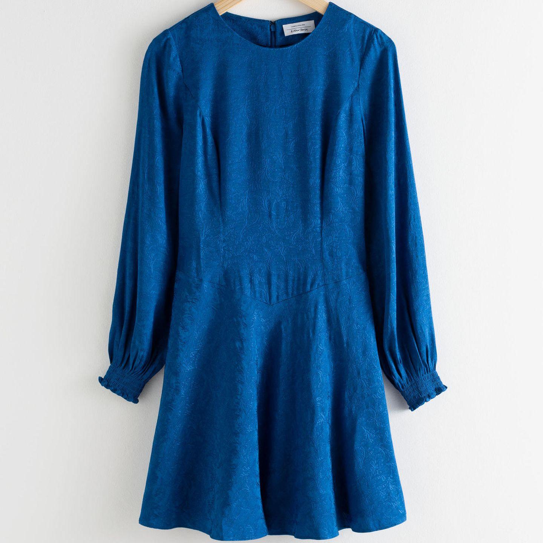 "pantone-farbe 2020: diese trendteile in ""classic blue"