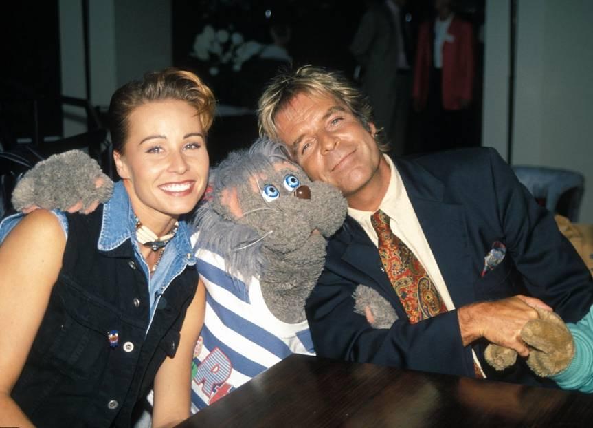 Sonja Zietlow: mit Katzenpuppe und Thomas Fritsch