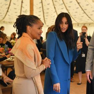 Meghan Markle mit Prinz Harry und Mutter Doria Raland