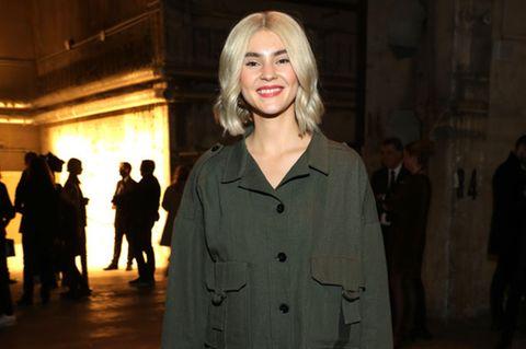 Stefanie Giesinger blond Fashion Week