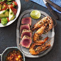 Carib Tuna mit Avocadosalat und Ananas-Chutney