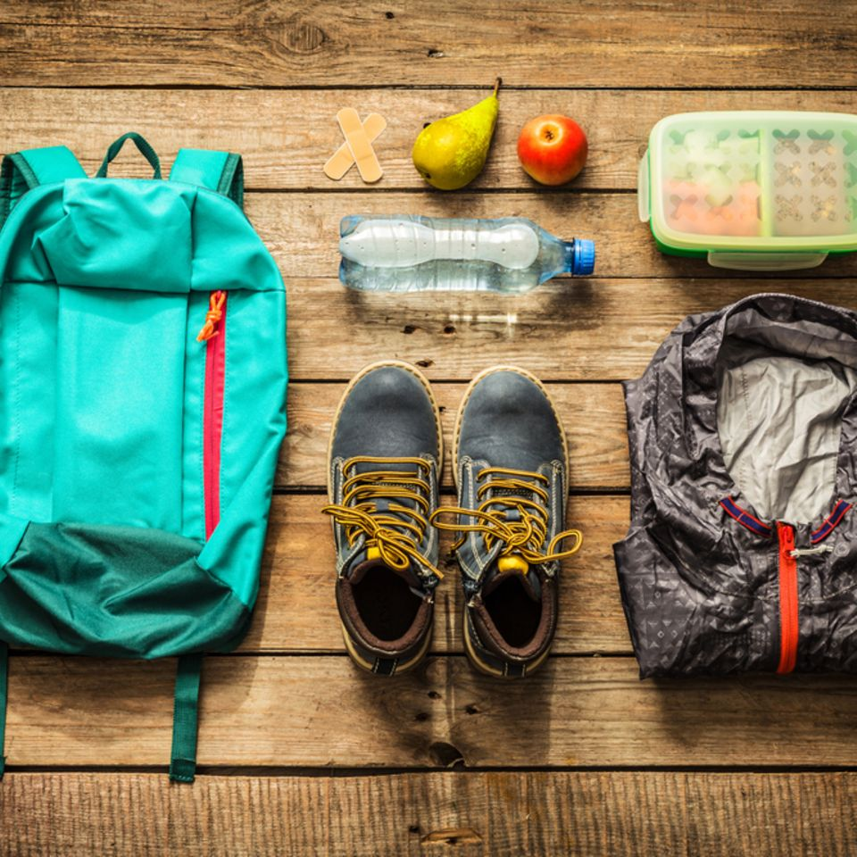 Packliste für die Klassenfahrt: Wanderbekleidung und Proviant