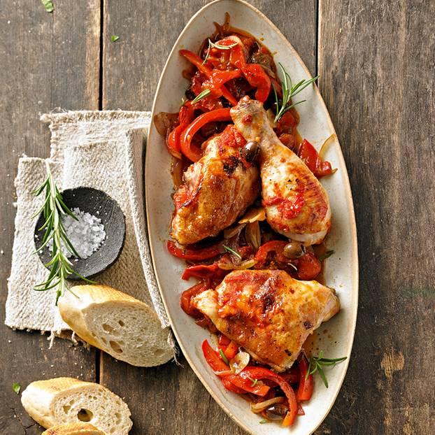 Hähnchen auf Paprikagemüse