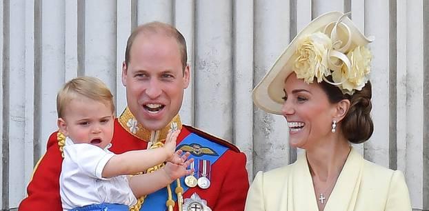 Herzogin Kate und Prinz William mit Kindern