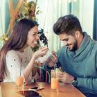 Was ist Casual Dating? Ein fröhliches Paar beim Casual Dating