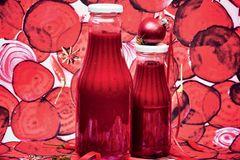 Rote-Bete-Ketchup mit Ingwer und Knoblauch