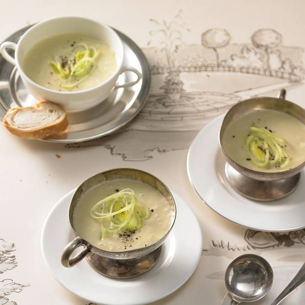Vichyssoise - Kartoffel-Porree-Suppe