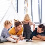 Modernes Familienleben: Präsente Papas und alte Muster: Familie