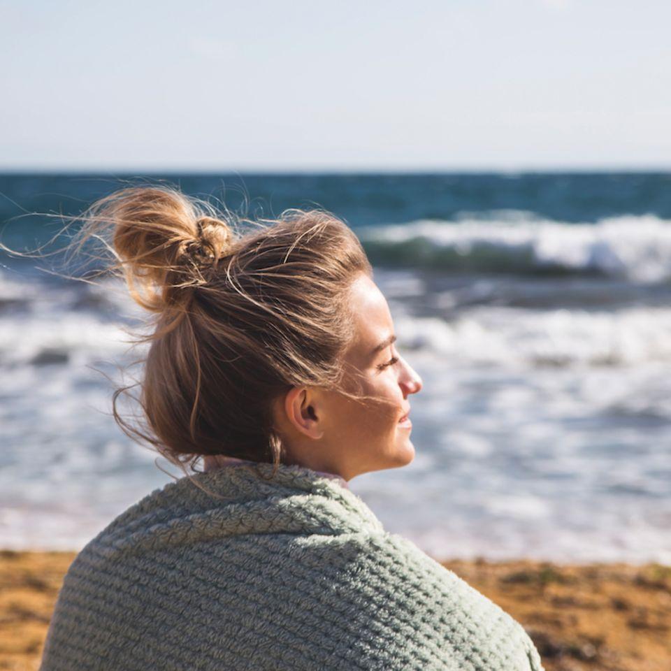 Fett-weg-Diät fürs Haar – 6 Tipps gegen fettige Haare