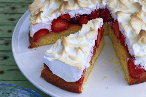 Baisertorte: Erdbeer-Baiser-Torte