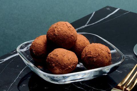 Safran-Orangen-Marzipan-Bällchen
