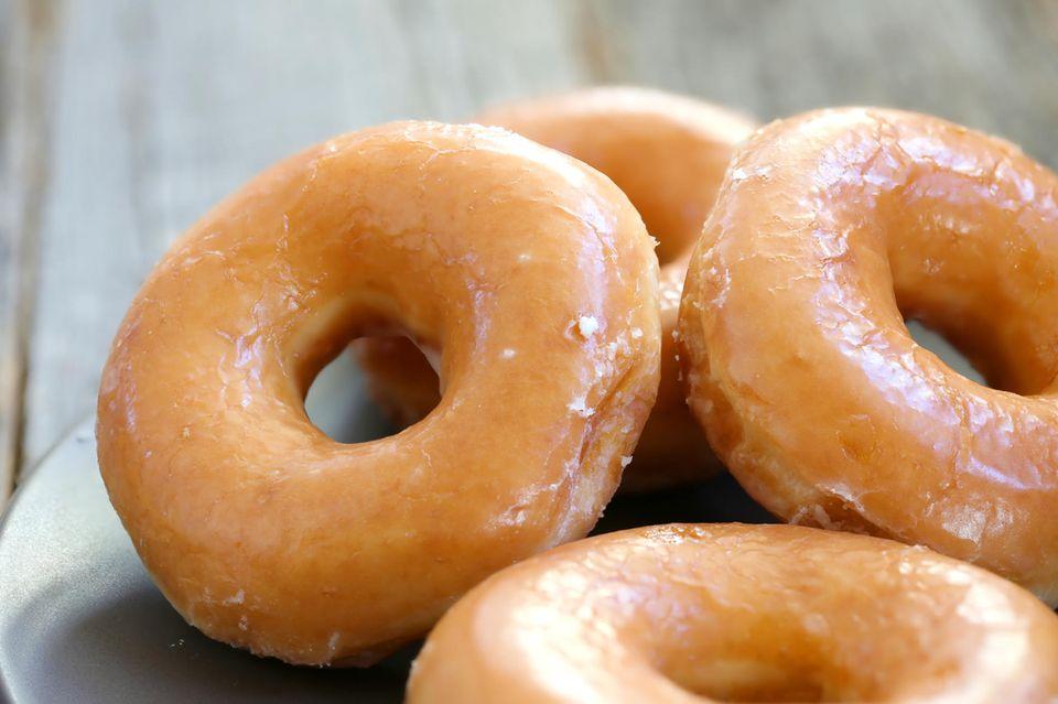 Donuts auf Teller
