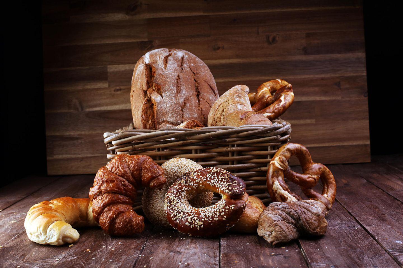 Diverse Brote und Brötchen