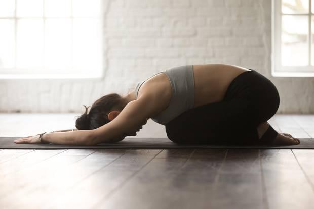 Kindhaltung beim Yoga