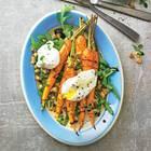 Möhren-Rezepte: Gewürzmöhren mit Haselnussbröseln und Ei